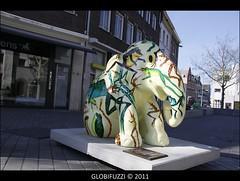 Elefanten - Parade in Heerlen (NL) (GLOBI  FUZZI) Tags: street sculpture streetart elephant holland color art netherlands pattern kunst nederland elefant farbe paysbas muster bunt chromatic niederlande plastiken strassenkunst heerlen globifuzzi