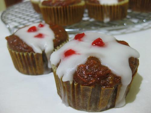 Carrot & Raisin Spicy Muffin