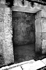 IMG_2354 BW (jphphotography) Tags: travel tourism mexico ruins escape maya vibrant dramatic adventure chichenitza mayan tropical historical cancun templeofthejaguar t2i