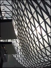 Architektur_02 (niki s.) Tags: architecture mall germany frankfurt main escalator shoppingmall architektur rolltreppe myzeil