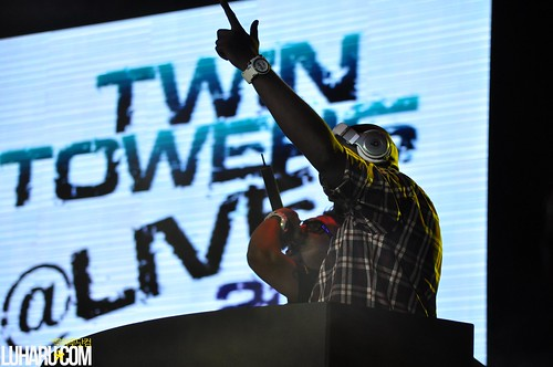 klcc live 2011 015