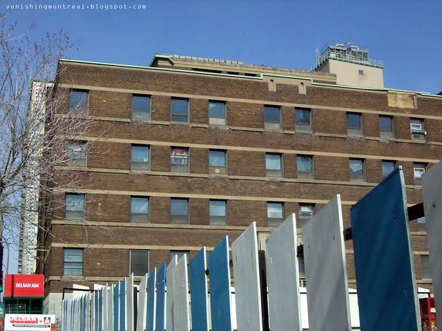 st-luc building 2