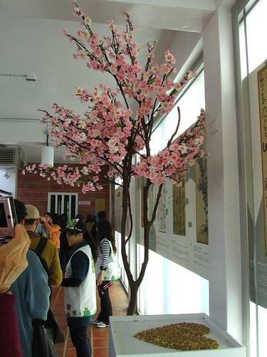 2011台北花博-文化B館-花群雅頌-美麗的花樹.JPG