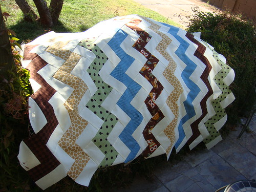 Charlie Brown Zig Zag Quilt Top