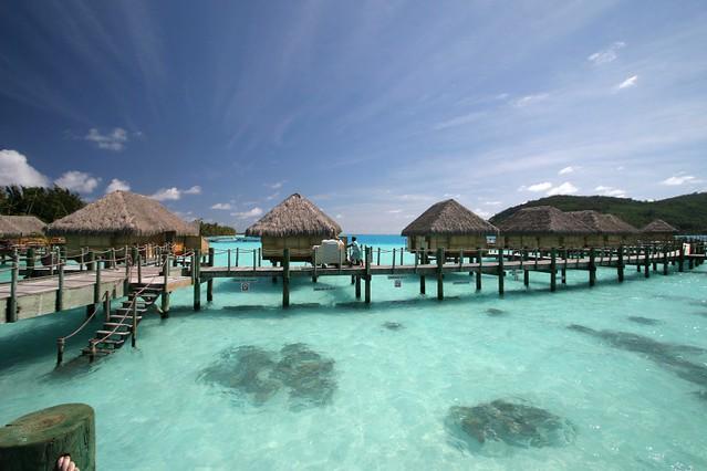 301110065203-2_VDM-Tahiti-bungalows