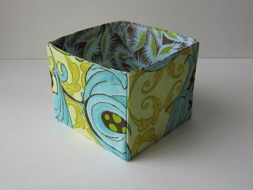 Spring fabric box