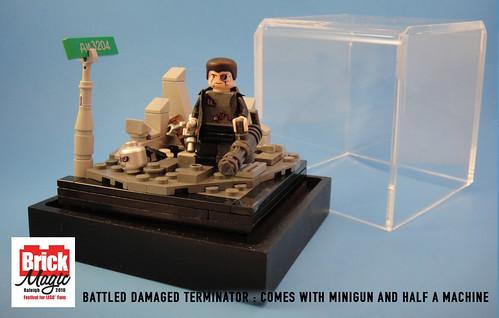 Custom minifig Battle Damaged Terminator W/ Vig