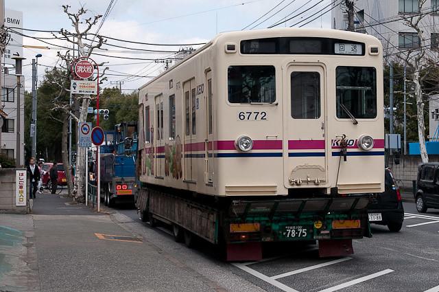 京王電鉄6000系 6022F 廃車解体搬出