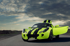 Lotus Elise (Evano Gucciardo) Tags: newyork green car speed photography nikon lotus elise fast automotive rochester lime tough d90 worldcars evog