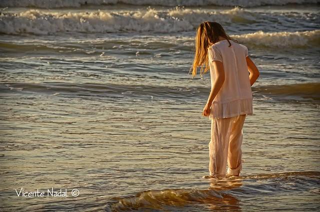 niña comunión playa amanecer 13 fotos nadal