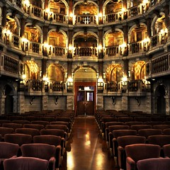 Teatro Bibiena (fiumeazzurro) Tags: foto searchthebest givemefive aplusphoto flickraward lamiciziafaladifferenza theauthorsplaza authorsclub