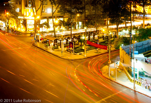 Long Exposure of Dong Khoi intersection with Le Loi
