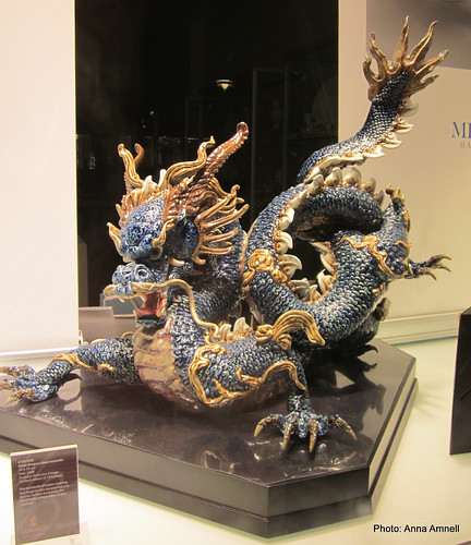 038 meissen dragon by Anna Amnell