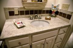 Granite Job7276-07HighRes026 (qsi.countertops) Tags: sink granite bianco porcelain foremost biancoromano 727607 biancolavender