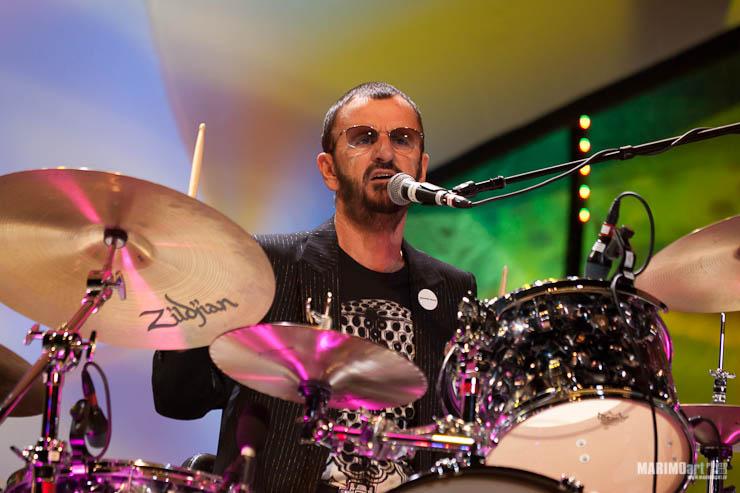 Ringo Starr Concert in Riga 2011-21.jpg