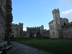 Castle grounds (Nelo Hotsuma) Tags: uk castle history wales king unitedkingdom britain great towers edward kingarthur gwynedd caernarfon