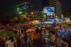 rainy night (小莊4) Tags: 誠品 台灣 台中 rain rainynight canon 500d sigma 1770 photography street jazz music umbrella people walk road taichung taiwan