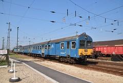 MAV 431 348 met trek-duwtrein Vmosgyrk (eddespan (Edwin)) Tags: trein stuurstandrijtuig mav hongarije ungarn hungary zug spoor rails trekduwtrein