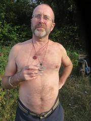 IMG_0994 (griffpops_deptford) Tags: cobham shirtlessmen menwithbeards kentchurches