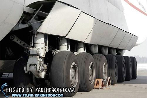 pesawat_antonov (12)