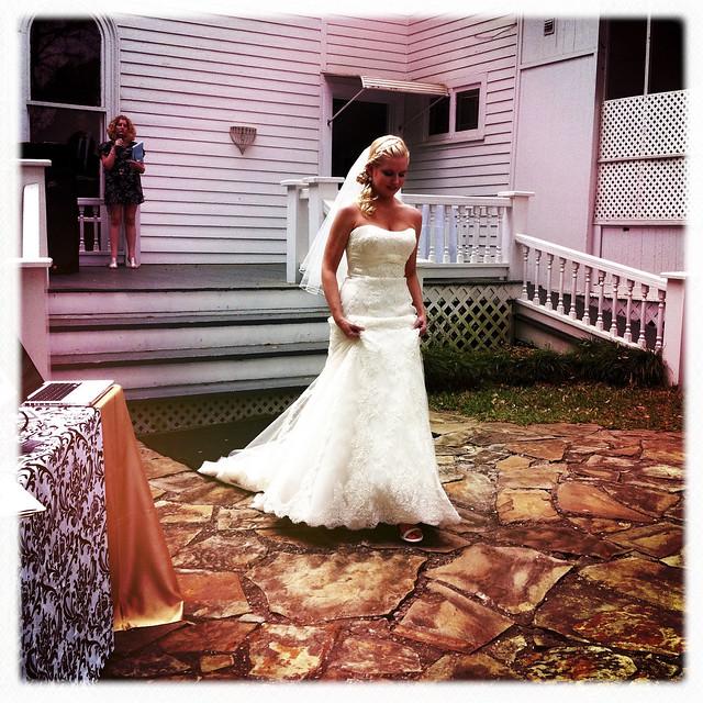 032711 Magnolia Manor Bridal Show-21