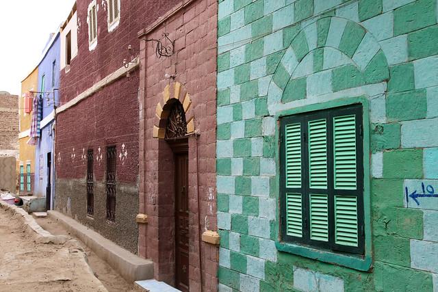 エジプト旅行 アスワン ヌビア村 カラフルな家々