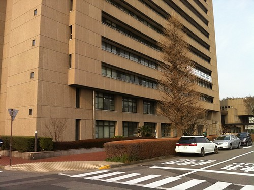 01iPhone4 Urawa City Hall