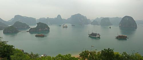 Halong Bay 下龍灣