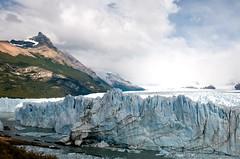 (MC SimonE) Tags: patagonia argentina landscape paisaje glacier montaña peritomoreno glaciar hielo blueribbon sudamerica blueribbonwinner losglaciaresnationalpark parquenacionallosglaciares campodehielopatagónicosur pmoreno