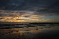 amanece en el polonio (Alfonso de la Cruz MONCHI) Tags: lighthouse faro uruguay dawn amanecer cabopolonio rocha