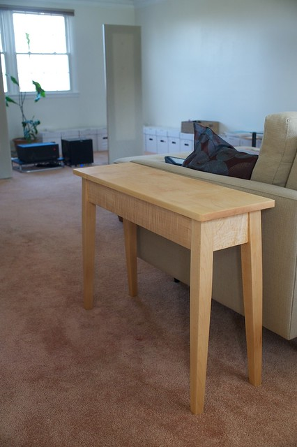 Splay-leg Curly Hard Maple End Table Mk. 1