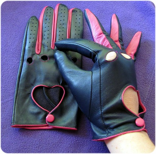 fancygloves1