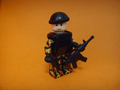 Modern Solider (Jmes) Tags: red fall yellow modern paint lego camo m4 p226 brickarms