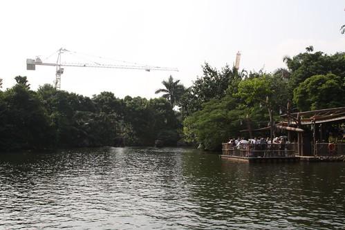 Tower crane breaks the illusion at Hong Kong Disneyland