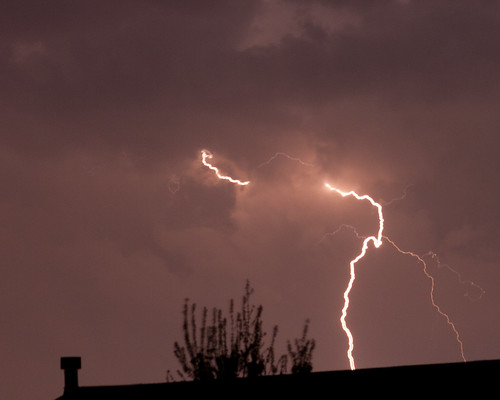 Lightning 22 April 2011 by matneym