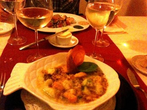 <span>cracovia</span>Cena polacco francese<br><br>Pesce di fiume e di mare<p class='tag'>tag:<br/>cracovia | cibo | </p>