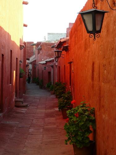 Une rue à l'intérieur du Monastère Santa Catalina