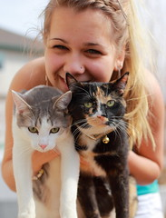 These are my beauties! (kcezary) Tags: portrait girl cat canon chat gato ritratti ritratto    canoneflens primelens canonprimelens canonef50mmf25compactmacro canon5dmkii unamourdechat mylensdb
