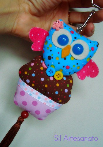 Corujinha no Cupcake | Little Owl in the Cupcake by Sil Artesanato