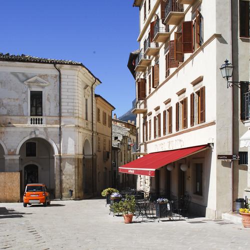 Civitella del Tronto - main piazza