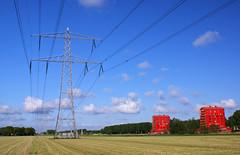 rode flats (raymondklaassen) Tags: nature power nederland natuur cumulus electricity flevoland landschap almere electriciteitsmast almerebuiten powerpool rodedonders rodeflats