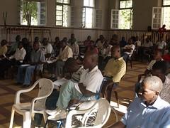 P1010036 (quintas de debate) Tags: presidente de do no debate quintas analise 050511 discurso mpla omunga