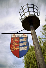 Sandwich Coat of Arms (Simon Didmon) Tags: lens town kent nikon arms coat sandwich hdr vr 18105mm d3000