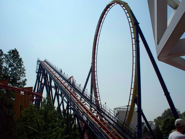 Cedar Point - Mantis Lift Hill and Loop