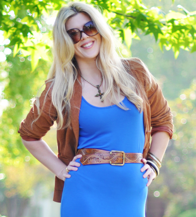 blue and cognac outfit