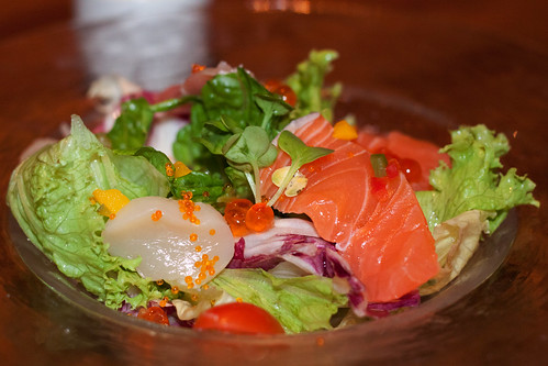 Japanese Dining Sun - Sun Sashimi Salad
