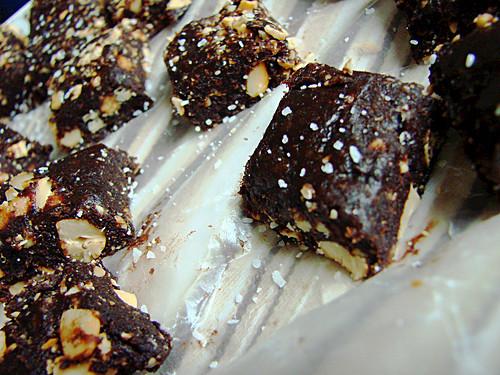 carob cashew bites