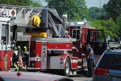 Mamaroneck Eletrical Fire: 102 Mamaroneck Ave (6/27/11) (zamboni-man) Tags: county tower t fire town village control 21 tl chief engine police 9 utility pd e u 40 ladder 20 emergency ems 39 department 42 60 services 41 38 westchester fd mamaroneck mems whelen 2241 2243 2242 vmpd 60control