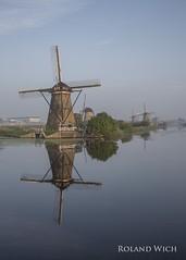 Kinderdijk (Rolandito.) Tags: windmill holland paysbas windmhle pays molen bas windmhlen windmills nederland netherlands kinderdijk niederlande