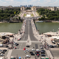 Pont d'Ina and Trocadro (mrlaugh) Tags: view trafficcontrol pontdina trocadro greenlane travel tower bikebox intersections toureiffel 1stfloor vacation europe heights 2016 paris7earrondissement ledefrance france fr paris